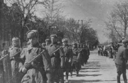 Hồng quân Liên Xô trong Chiến tranh Thế giới thứ 2.
